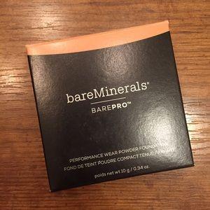 BareMinerals barepro pressed Foundation Pecan 18